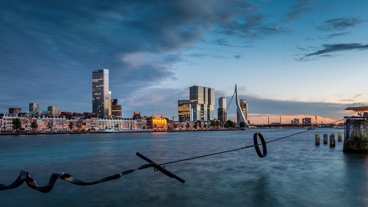 Rotterdam Nueva Malla Maastoren Países Bajos