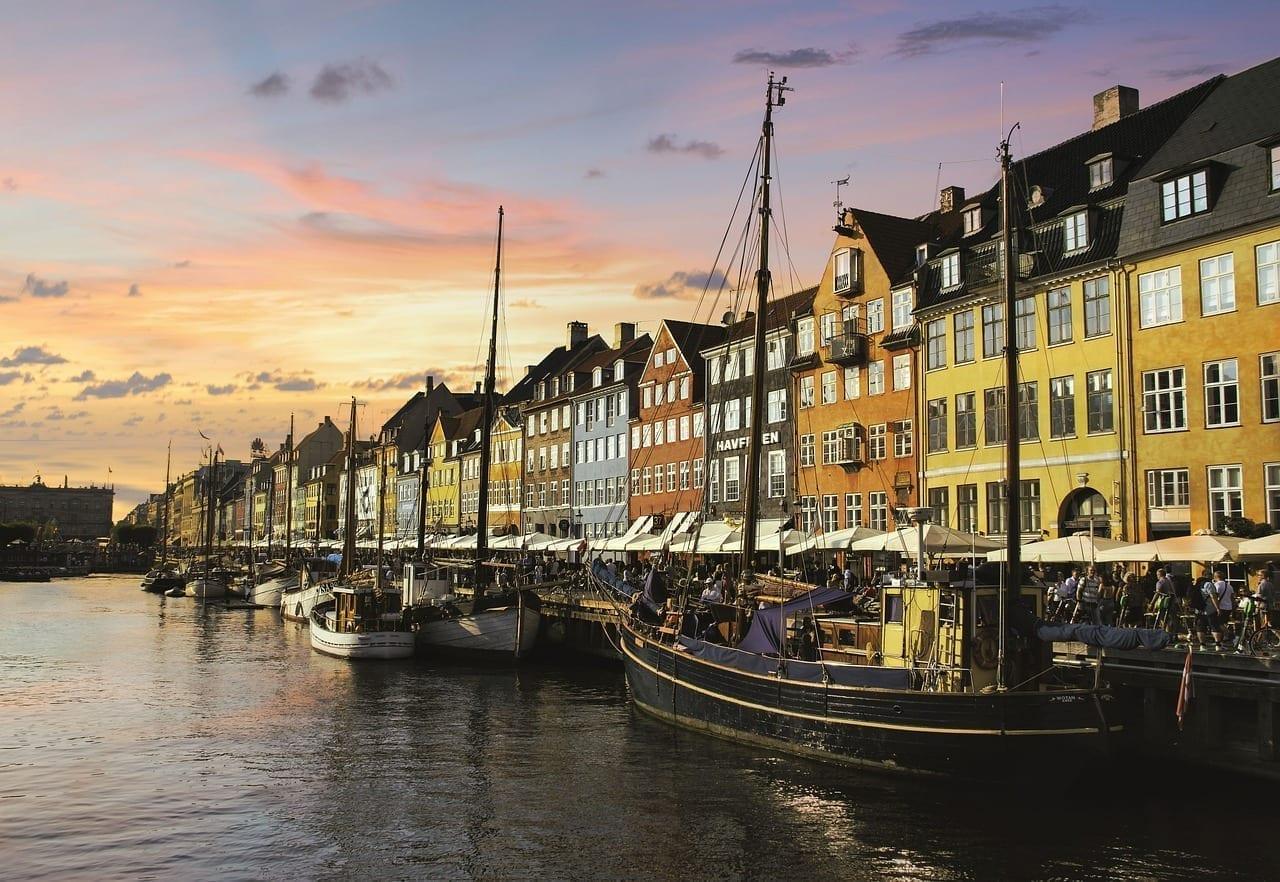 Sol Puesta De Sol Copenhague Dinamarca