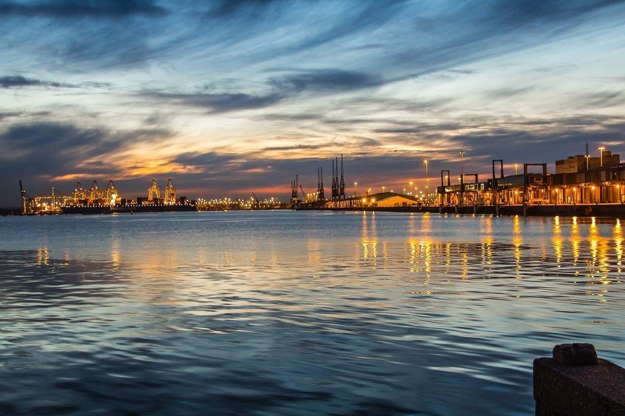 Southampton Puerto Crepúsculo Reino Unido