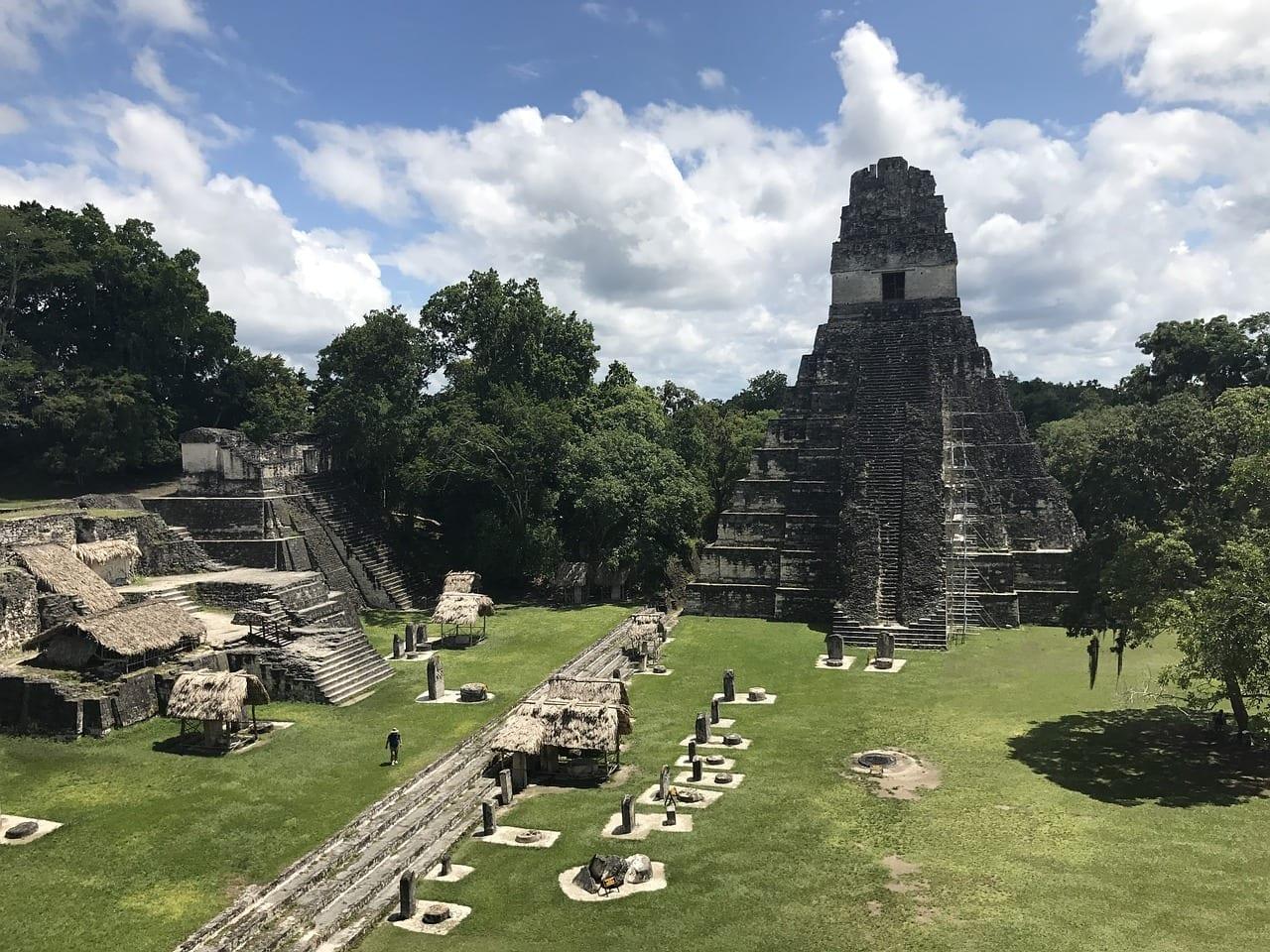 Tikal Maya Ruinas Guatemala