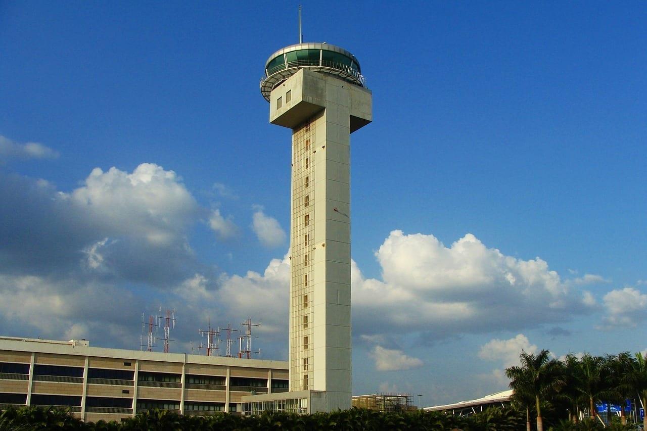 Torre De Atc Aeropuerto Bangalore India