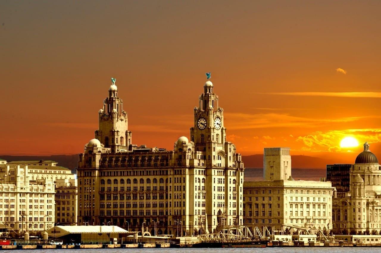 Tres Gracias Liverpool Inglaterra Reino Unido