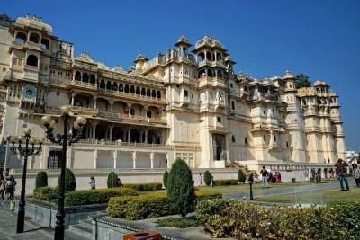 Udaipur Palacio De La Ciudad Arquitectura India
