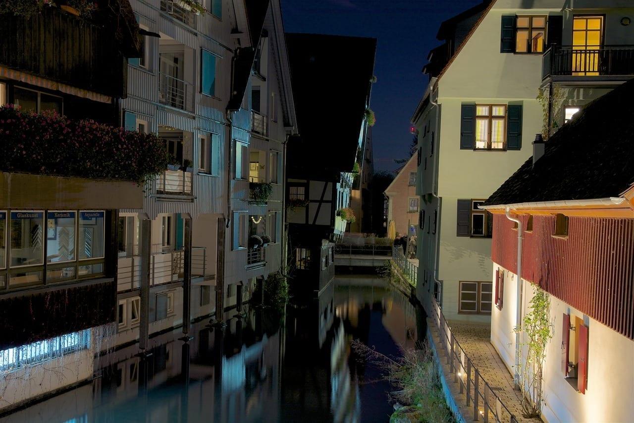 Ulm Fischerviertel Noche Alemania