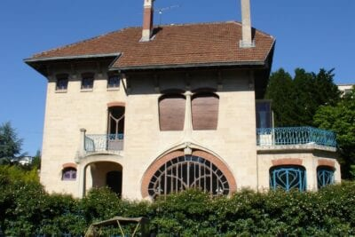 Una villa Art nouveau en el distrito de Saurupt Nancy Francia