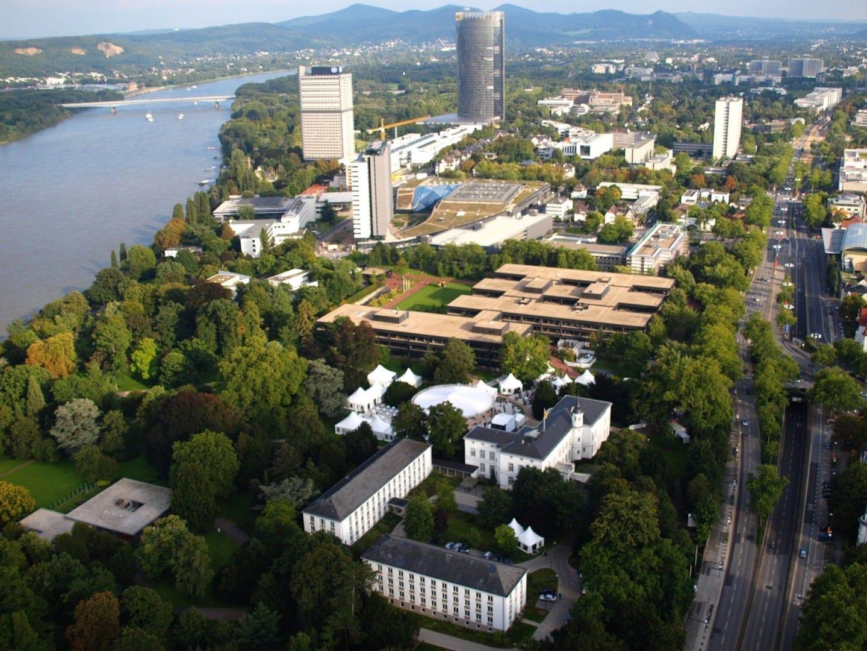 Una vista aérea del Bundesviertel (el distrito del gobierno federal) en Bonn Bonn Alemania
