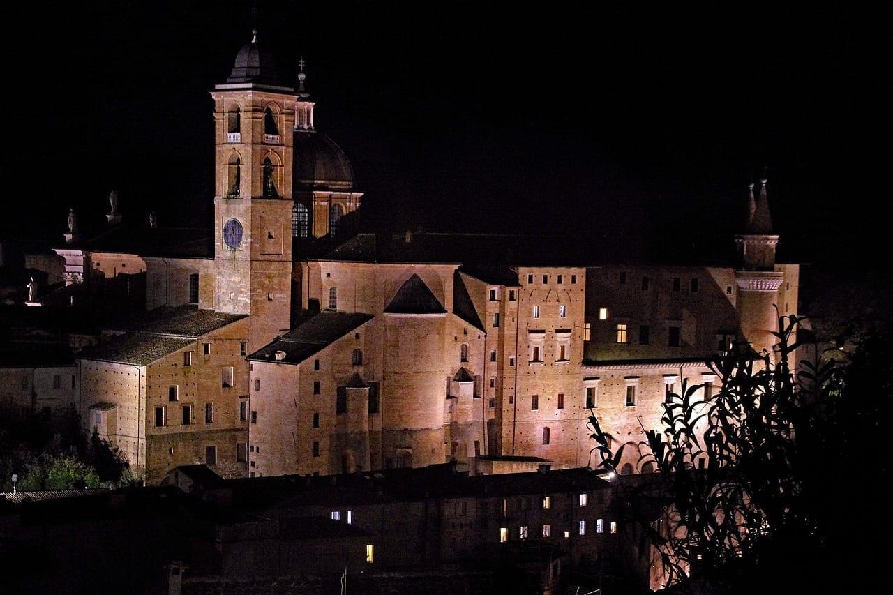 Urbino Palazzo Ducale Noche Italia