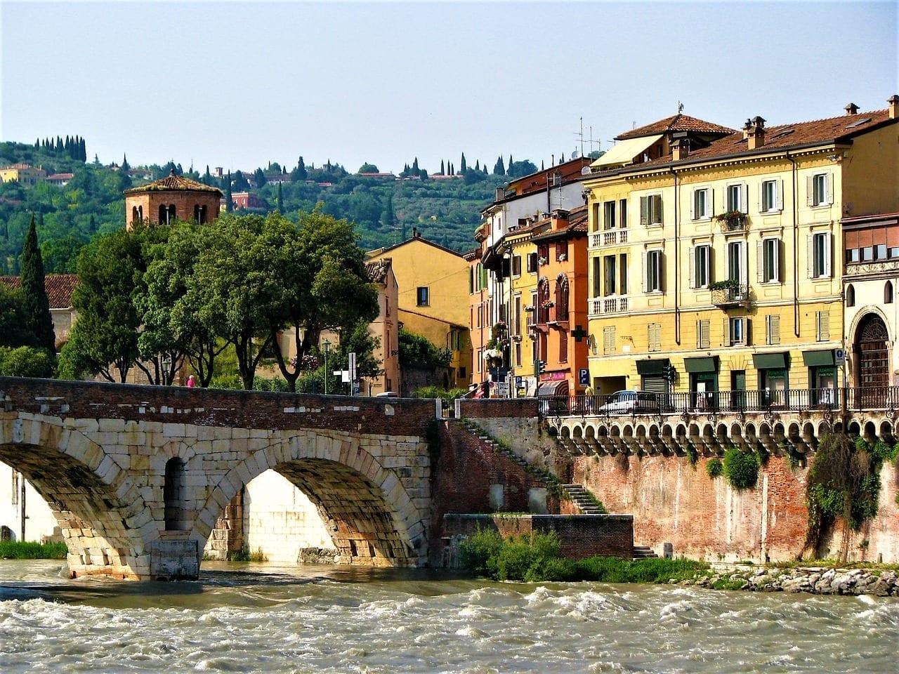 Verona Adige Arquitectura Italia