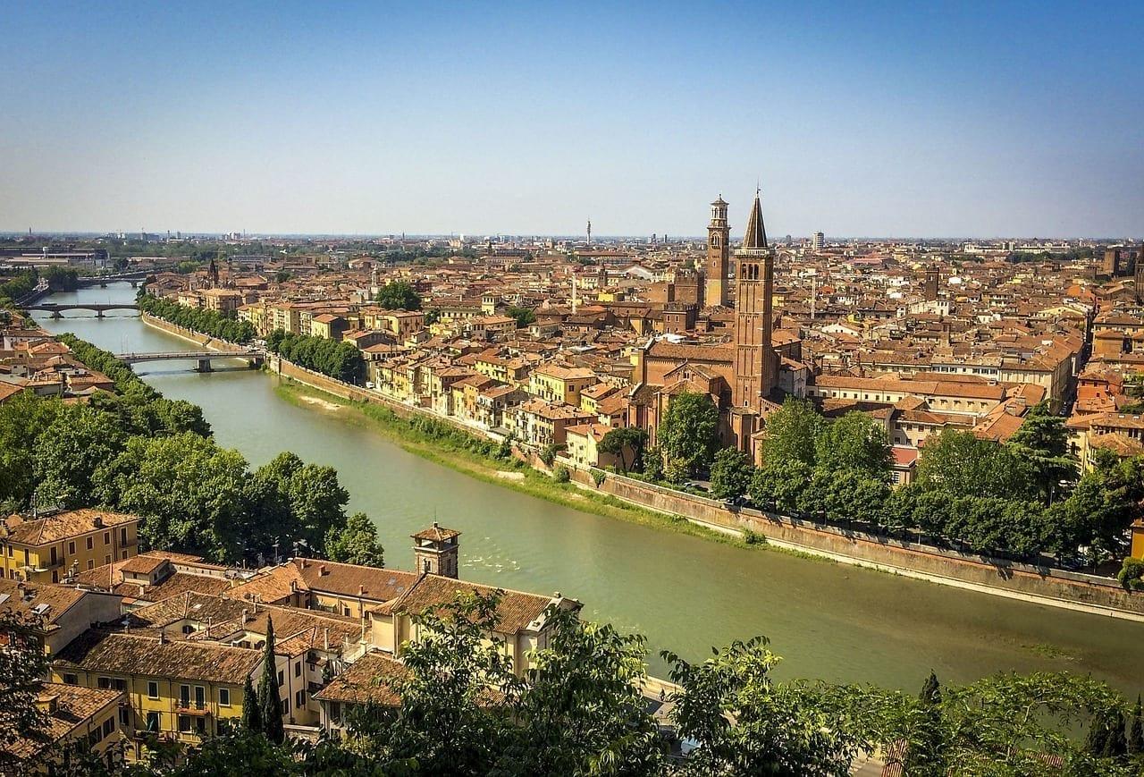 Verona Ciudad Río Italia