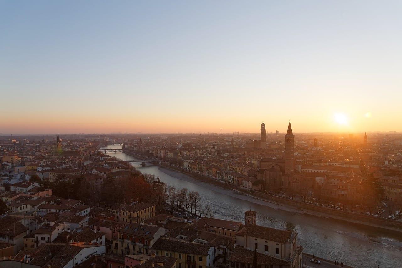 Verona Puesta De Sol Paisaje Italia