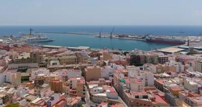 Vista del puerto desde la Alcazaba Almería España