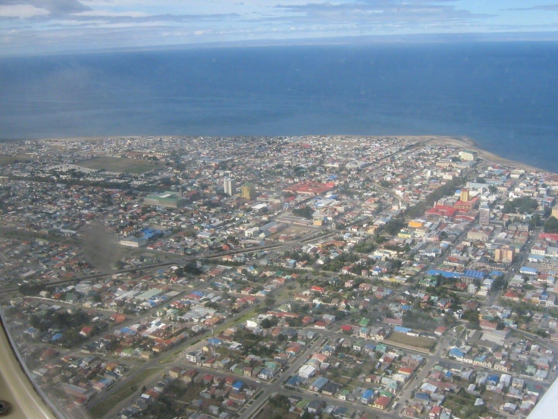 a la derecha Punta Arenas Chile