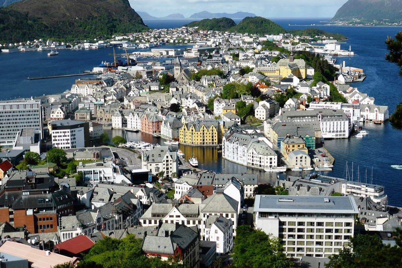 Alesund Noruega Crucero Noruega