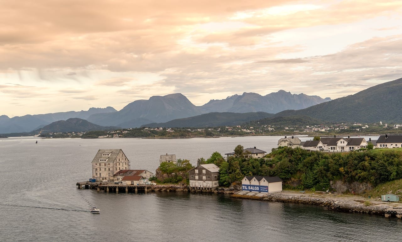 Alesund Noruega Pueblo De Pescadores Noruega