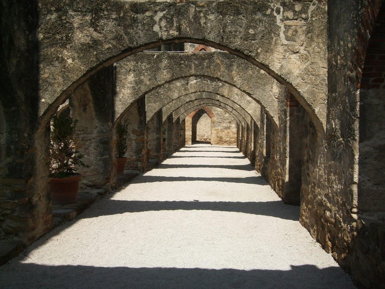 Arco Misión San Antonio España