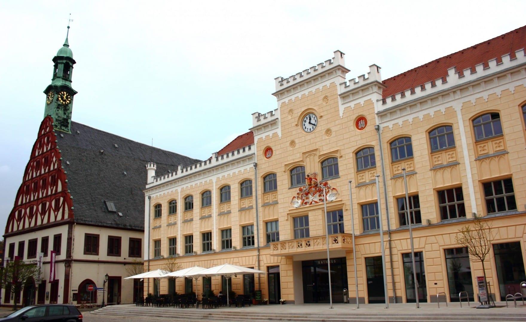 Ayuntamiento y Gewandhaus Zwickau Alemania