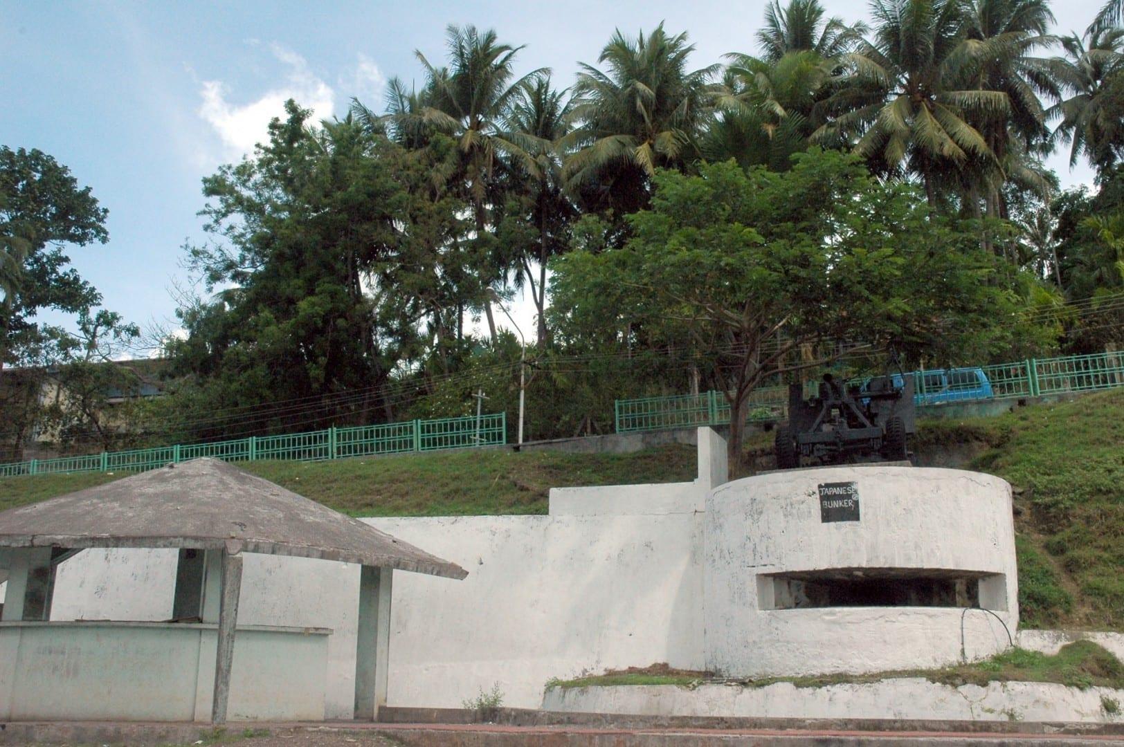 Búnker japonés justo al lado del club de Leones, frente al complejo SAI de Port Blair. Port Blair India