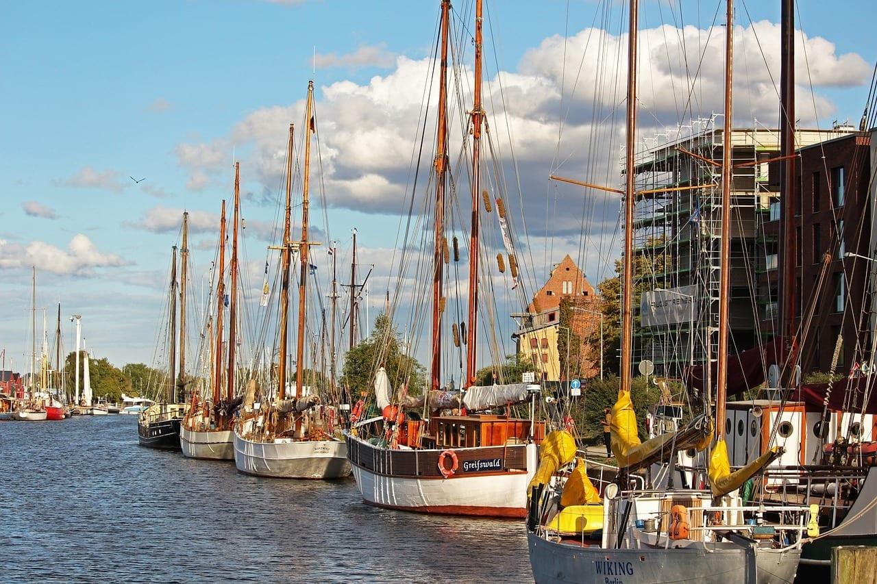 Barcos A Vela Museo Del Puerto Greifswald Alemania
