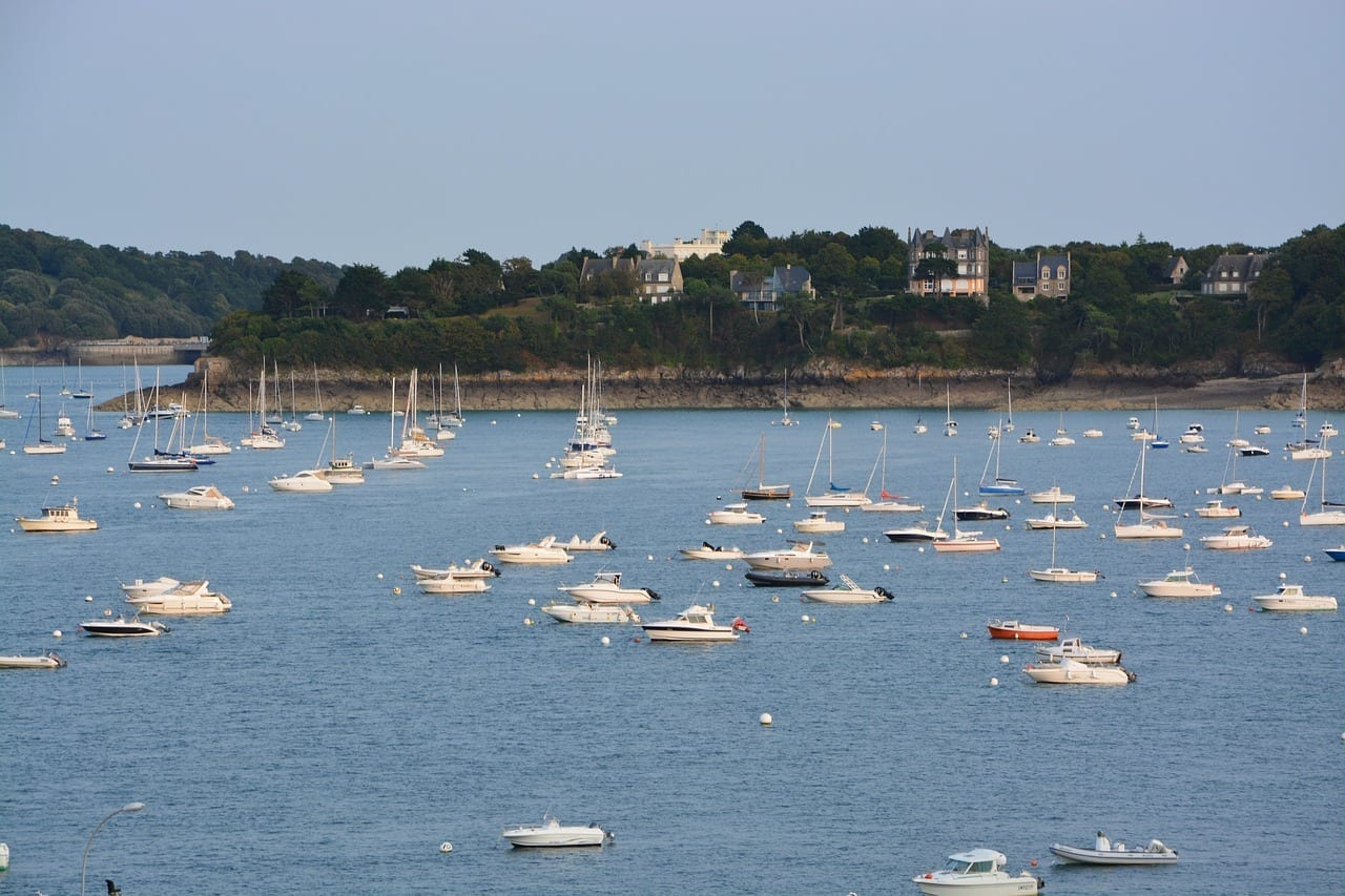 Barcos Veleros Port De Plaisance Dinard Francia