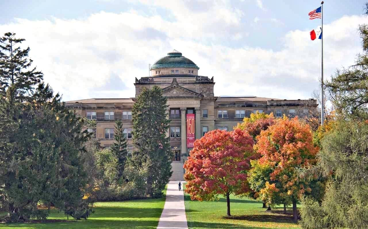 Beardshear Hall, campus de la Universidad Estatal de Iowa Ames Estados Unidos