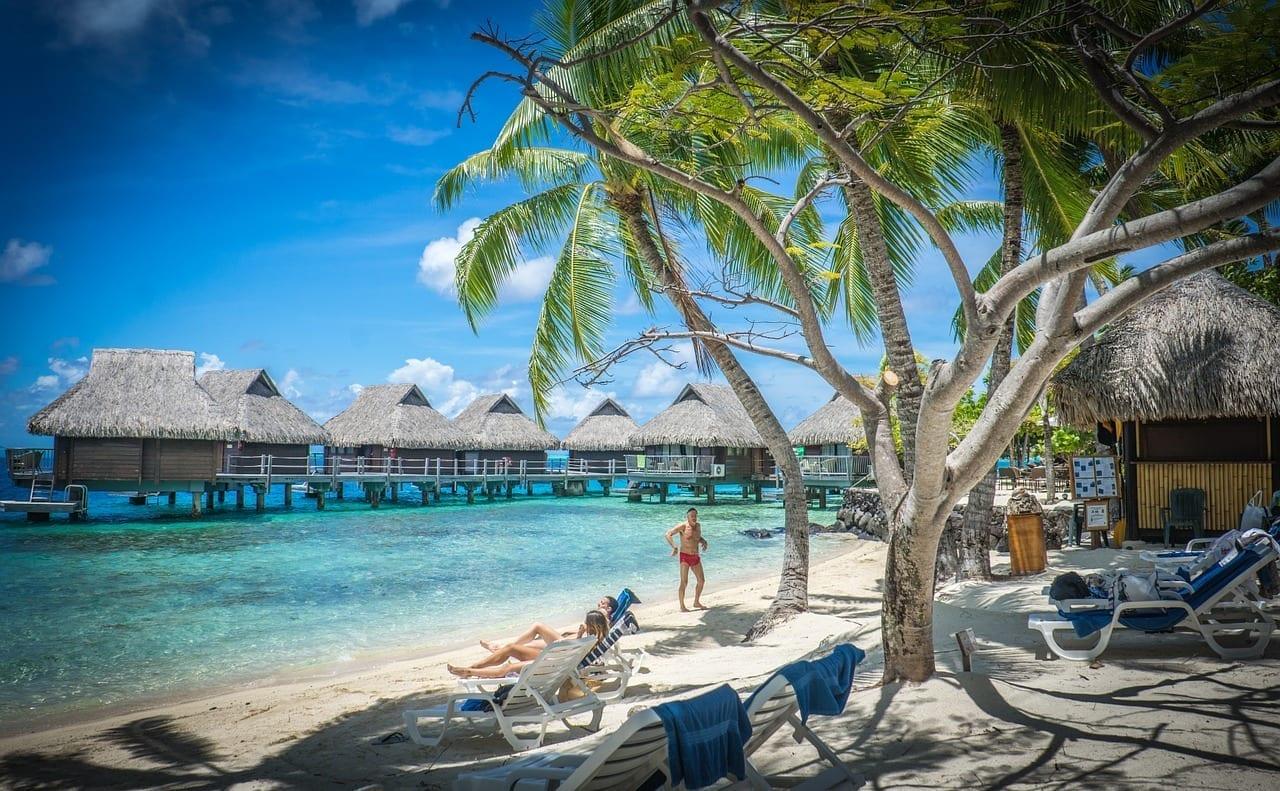 Bora Bora En Bungalows De Agua Palmeras Polinesia Francesa