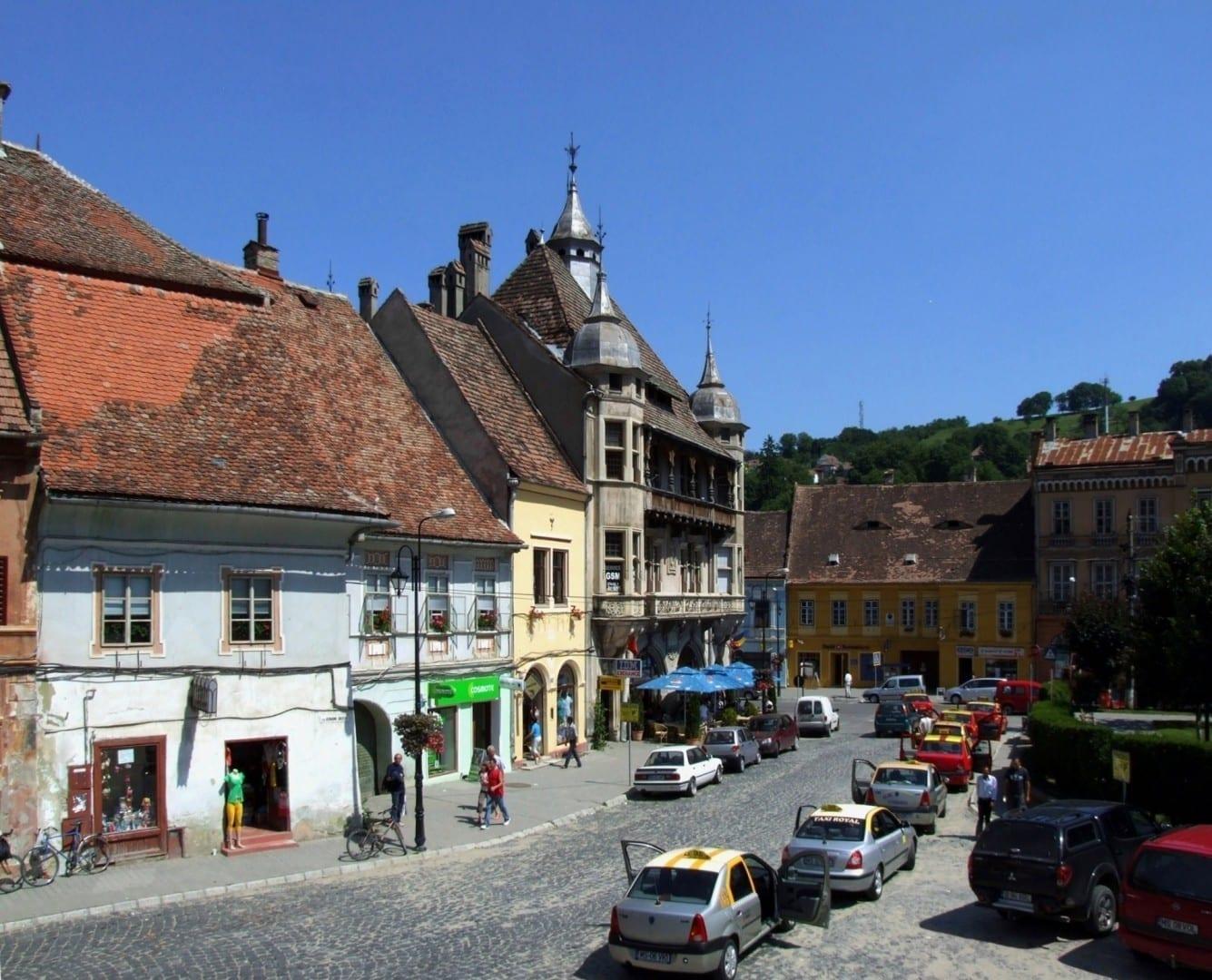 Calle en la Ciudad Vieja Sighișoara Rumania