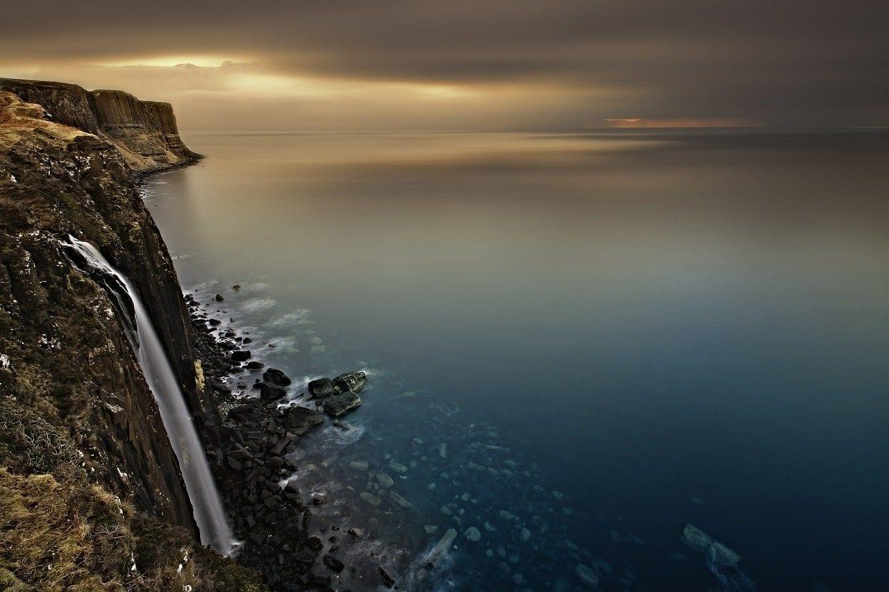 Cascada Escocia Isla De Skye Reino Unido