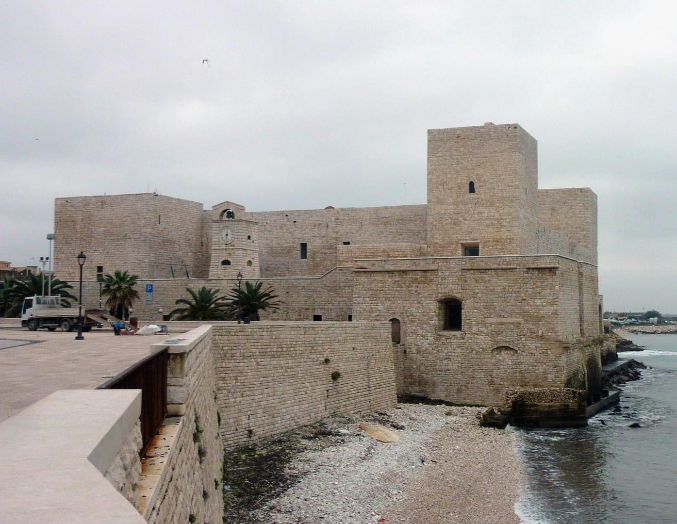 Castillo de Suabia Trani Italia