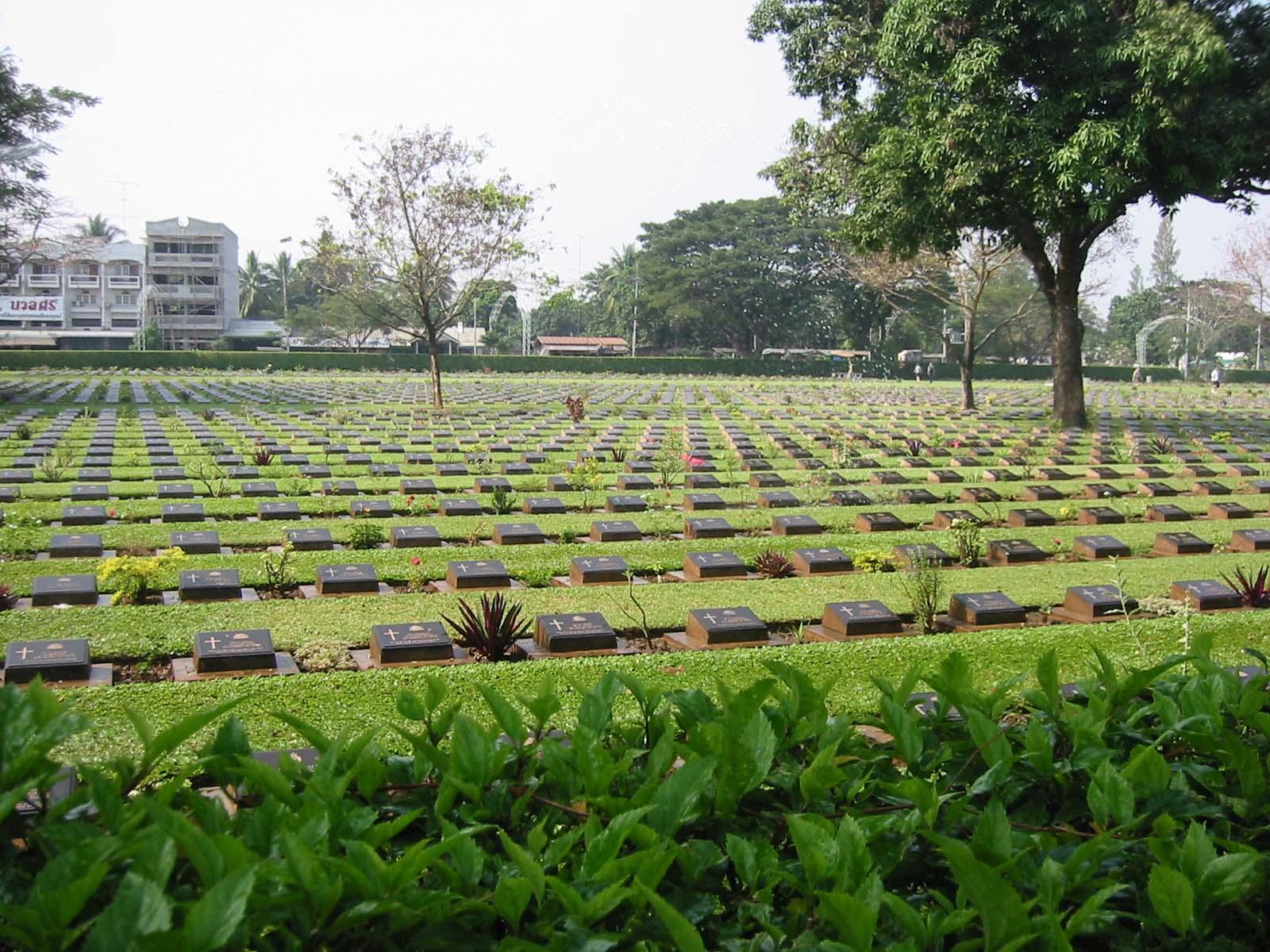 Cementerio Kanchanaburi Kanchanaburi Tailandia