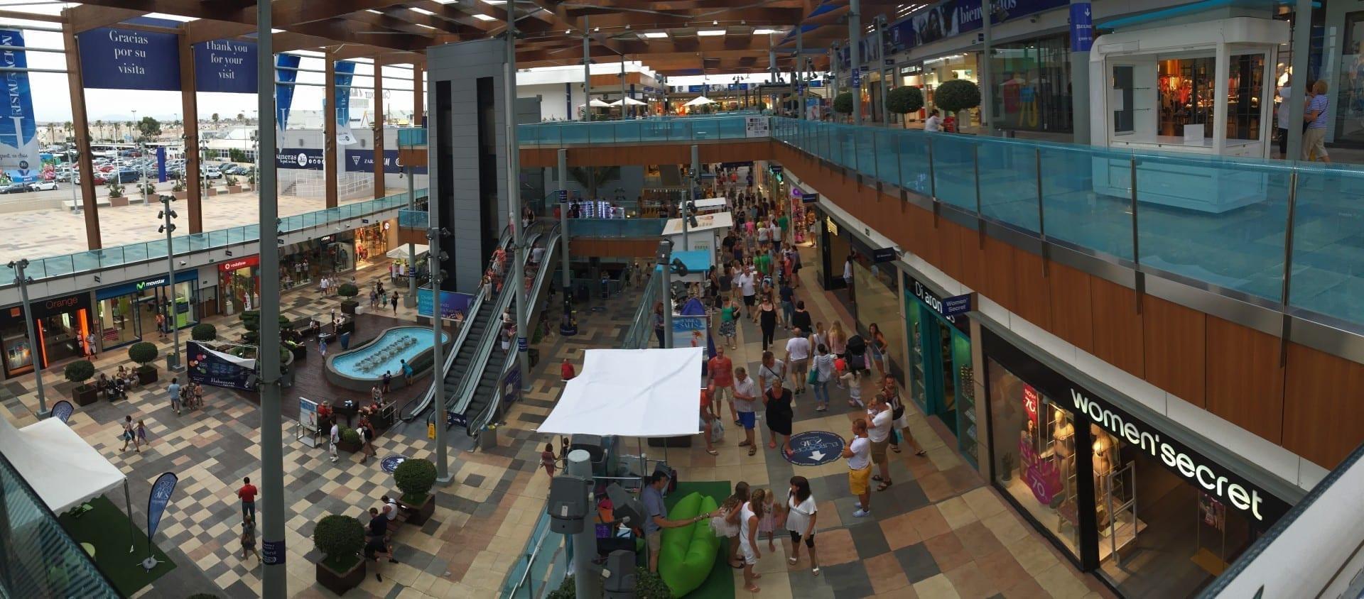 Centro Comercial Habaneras Torrevieja España
