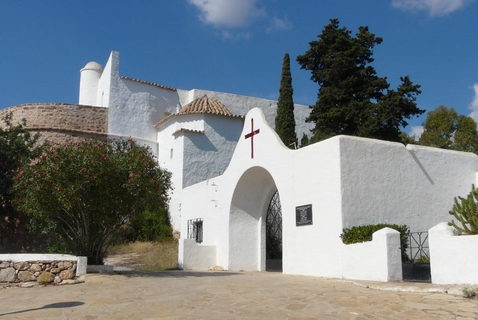 Chupar la Missa Santa Eulàlia del Rio España