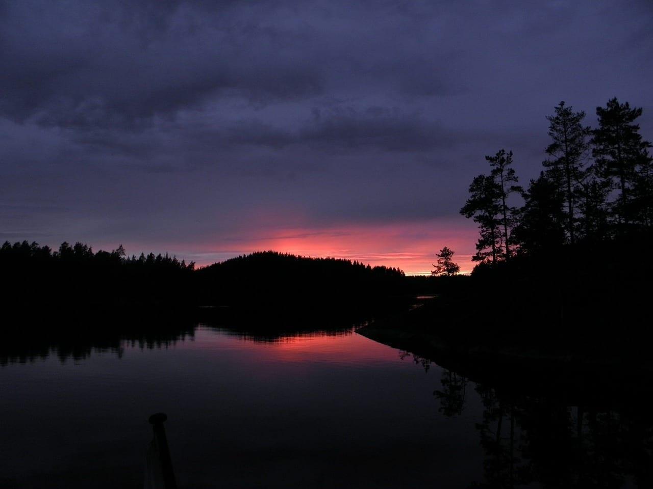 Cielo De La Noche Puesta Del Sol Savonlinna Finlandia