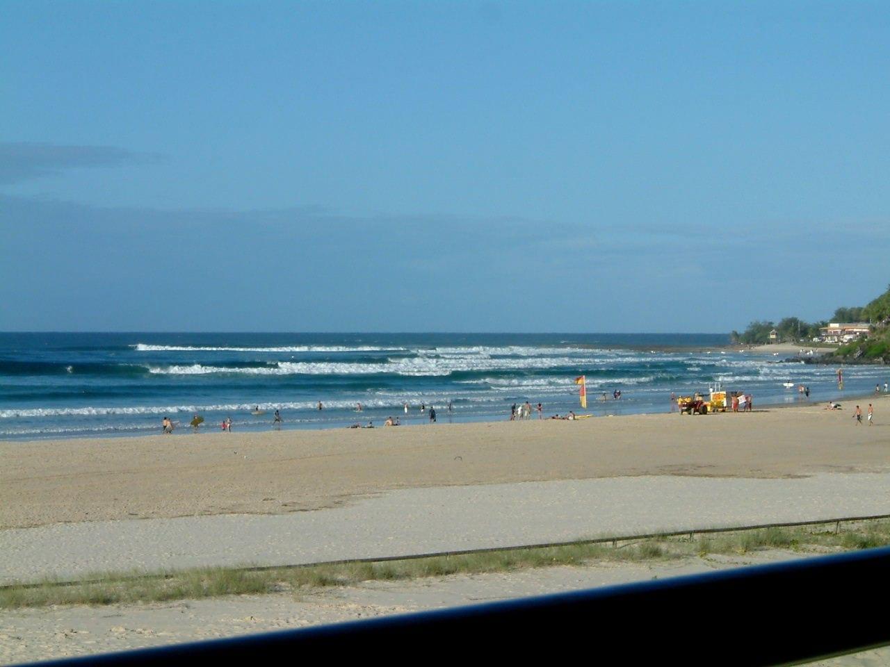 Cubierta Coolangatta SLSC Gold Coast Australia