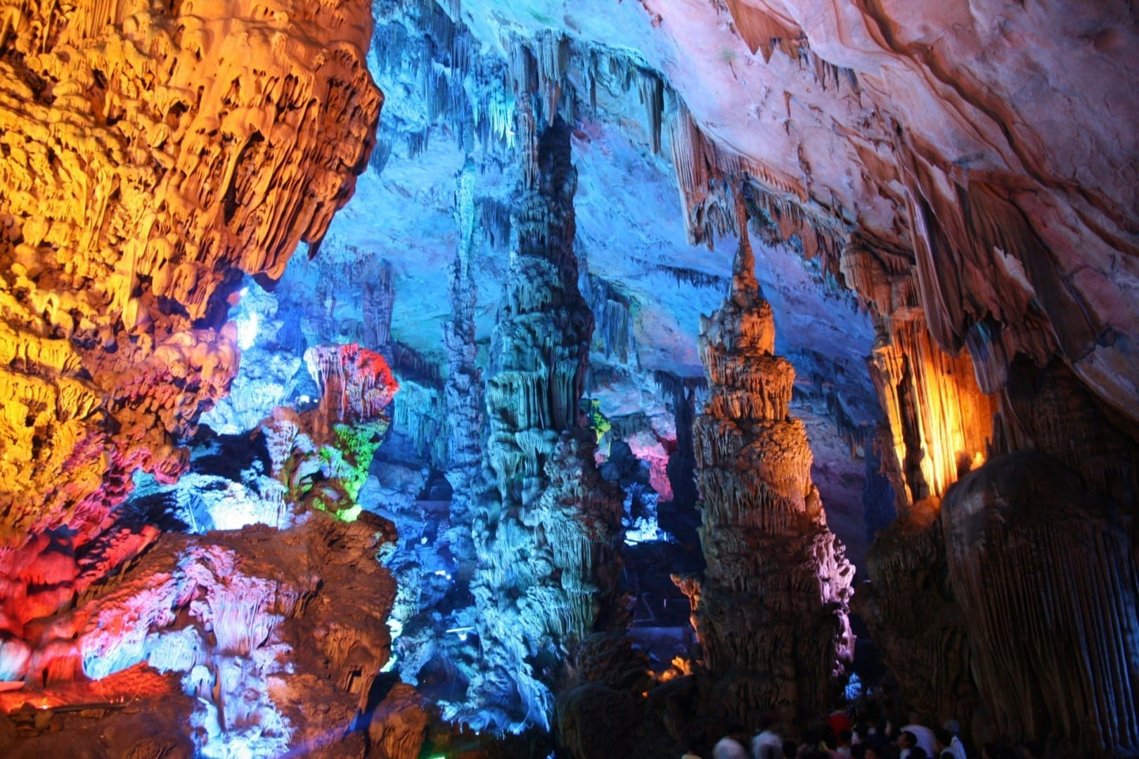 Cueva de la flauta de caña Guilin China