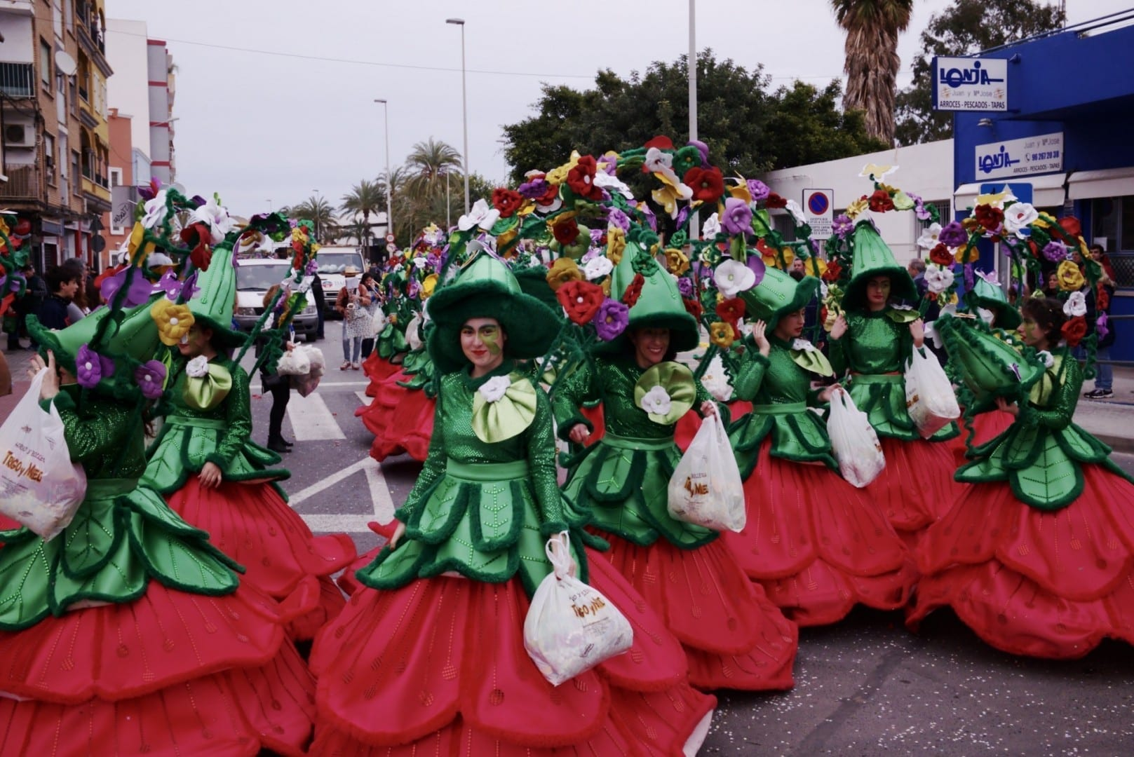 Desfile de Fallas Puerto de Sagunto España