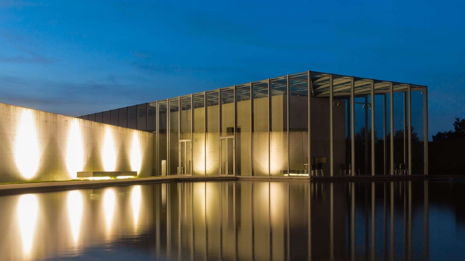 Edificio de exposición de la Fundación Langen en la antigua base de cohetes de la OTAN en Neuss Neuss Alemania