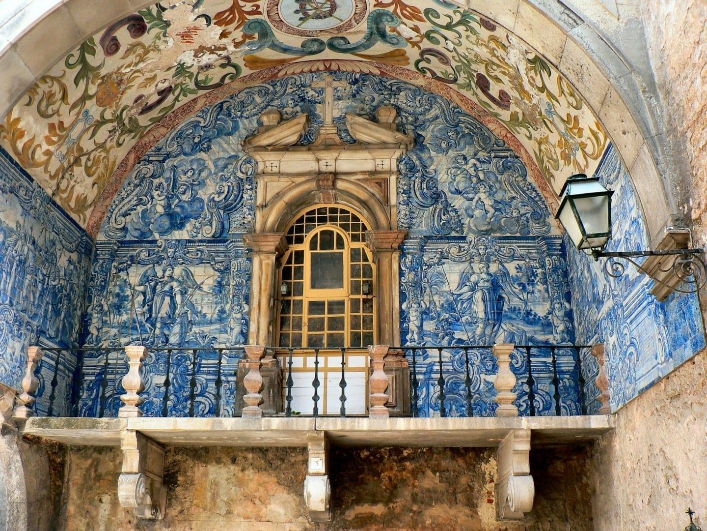 El arte de Óbidos azulejo. Obidos Portugal