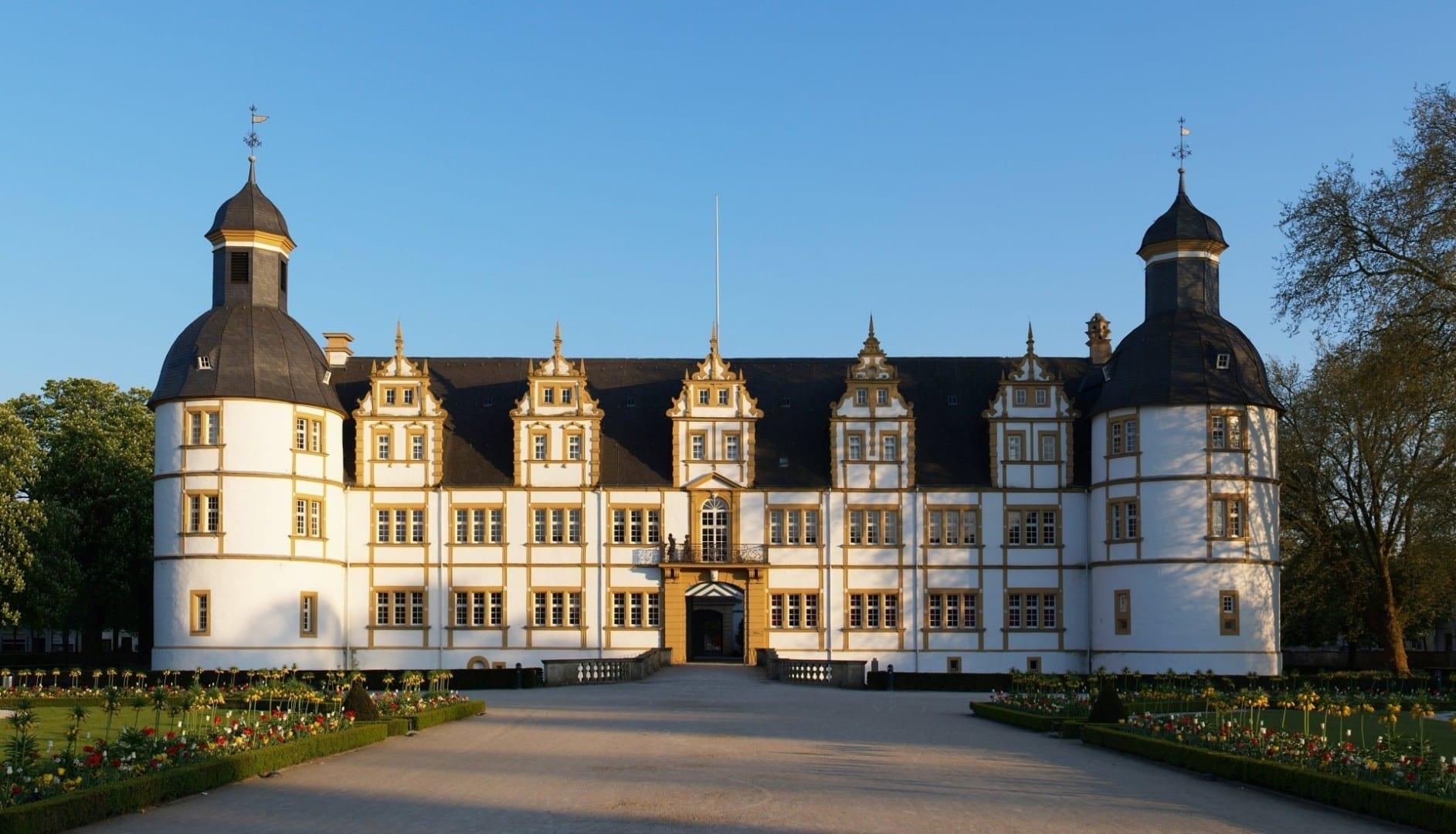 El castillo de Neuhaus Paderborn Alemania