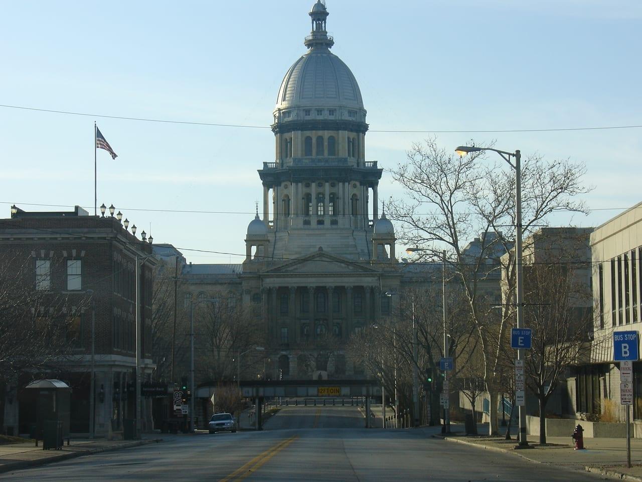 El edificio del Capitolio del Estado de Illinois Spriengfield IL Estados Unidos