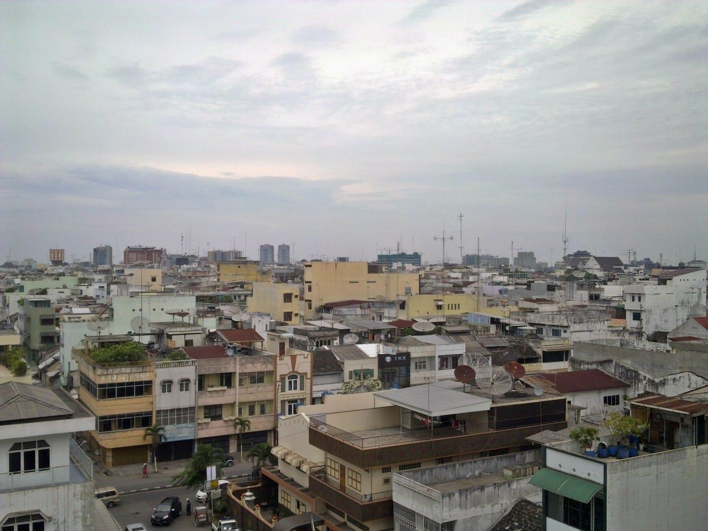 El horizonte de Medan Medan Indonesia