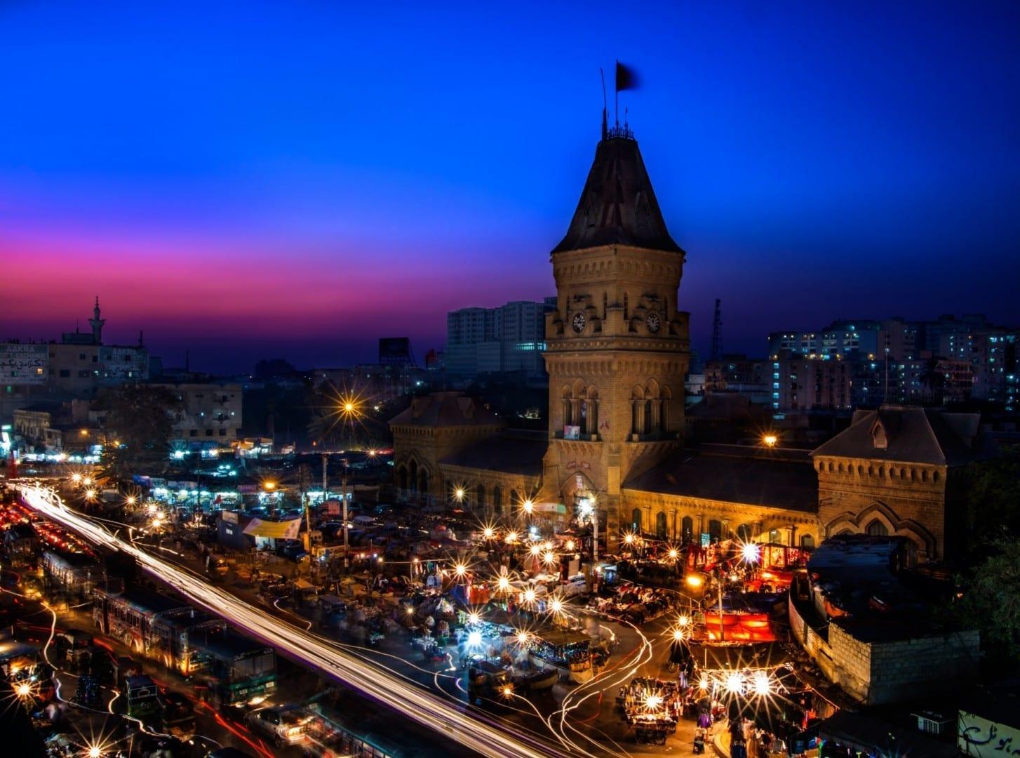 El imponente Mercado de la Emperatriz Karachi Pakistán