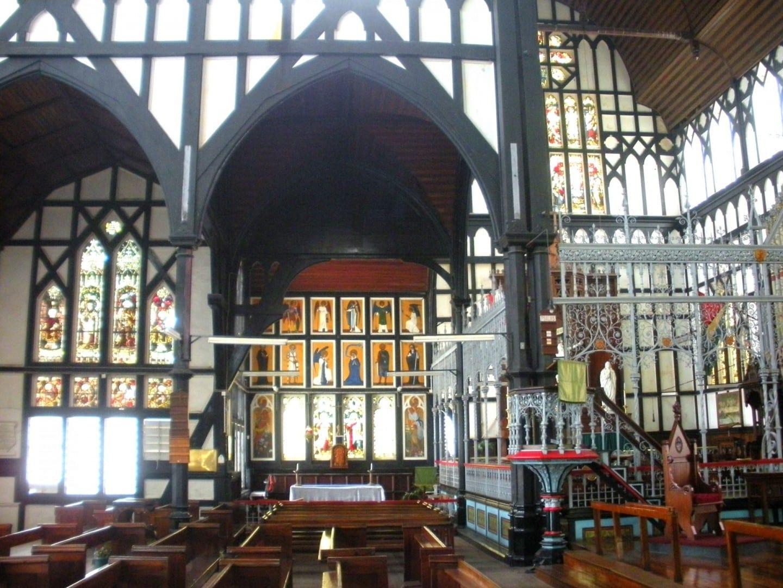 El interior de San Jorge Georgetown Guyana