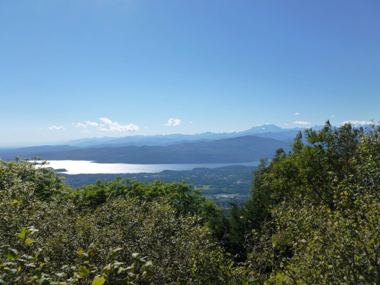 El Lago Mayor y el Monte Rosa de Campo dei Fiori Varese Italia