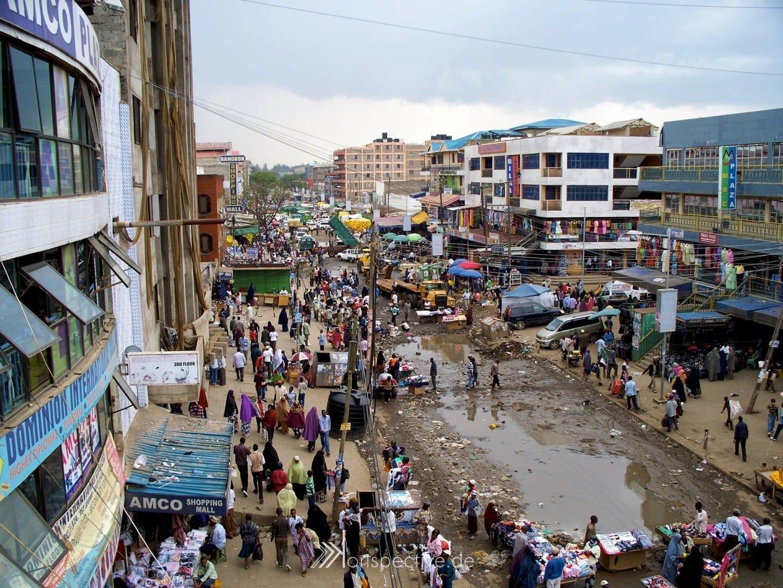 El mercado de Garissa después de la lluvia Nairobi Kenia