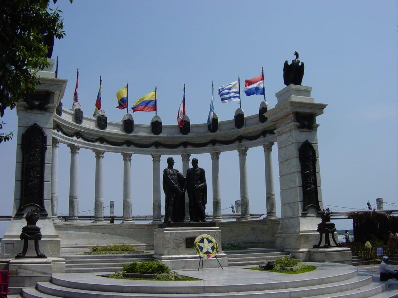 El monumento de la rotonda Guayaquil Ecuador