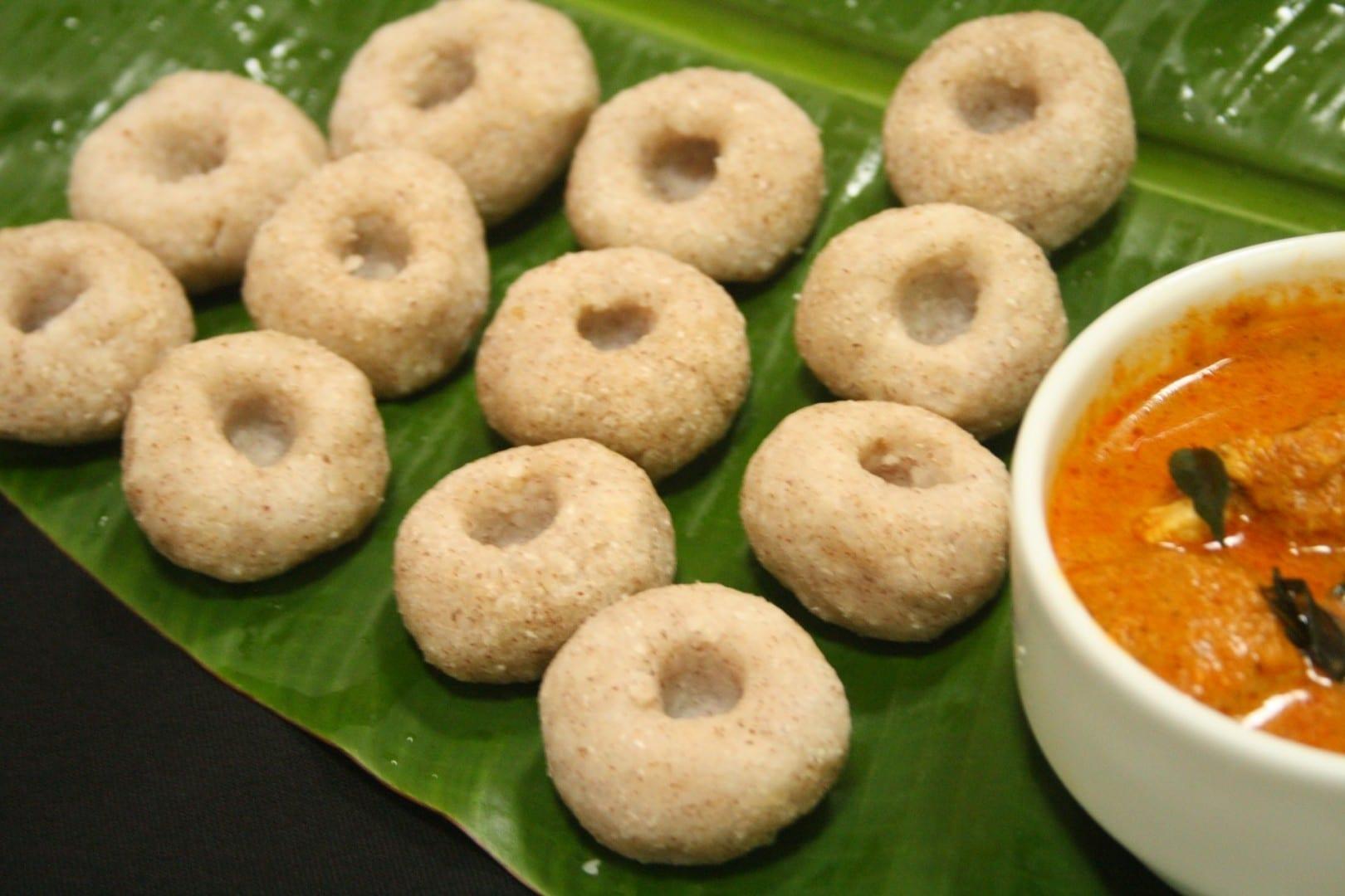 El Mutlis es un pan cristiano mangaloriano, una especialidad de la cocina de la abuela de Elizabeth. Mangalore India