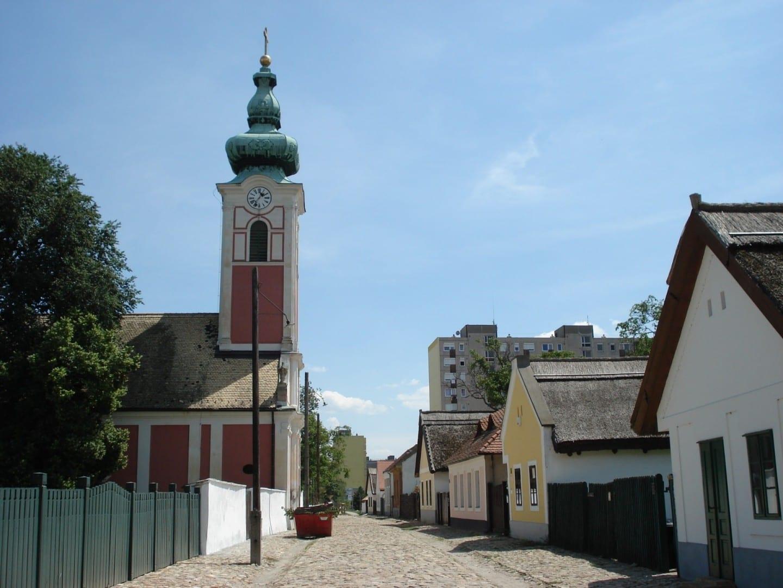 El pueblo del museo Rác utca Szekesfehervar Hungría