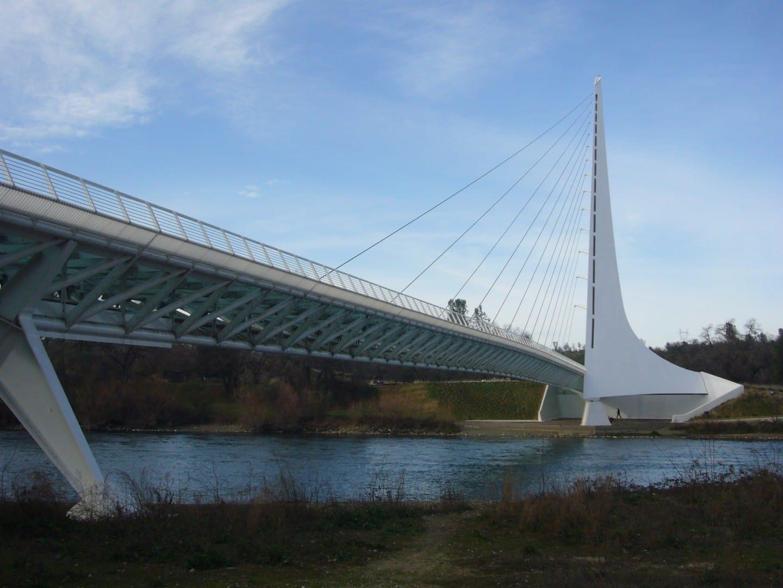 El Puente de los Relojes de Sol Redding CA Estados Unidos