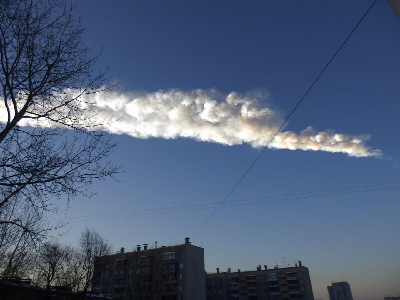 El rastro dejado por el meteorito de febrero de 2013. Chelyabinsk Rusia