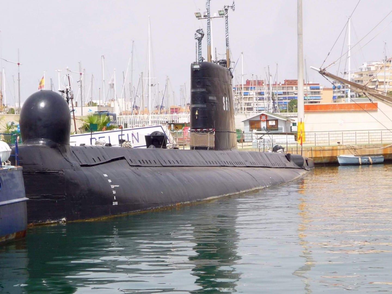 El submarino Delfín (S61), del Museo Flotante Torrevieja España